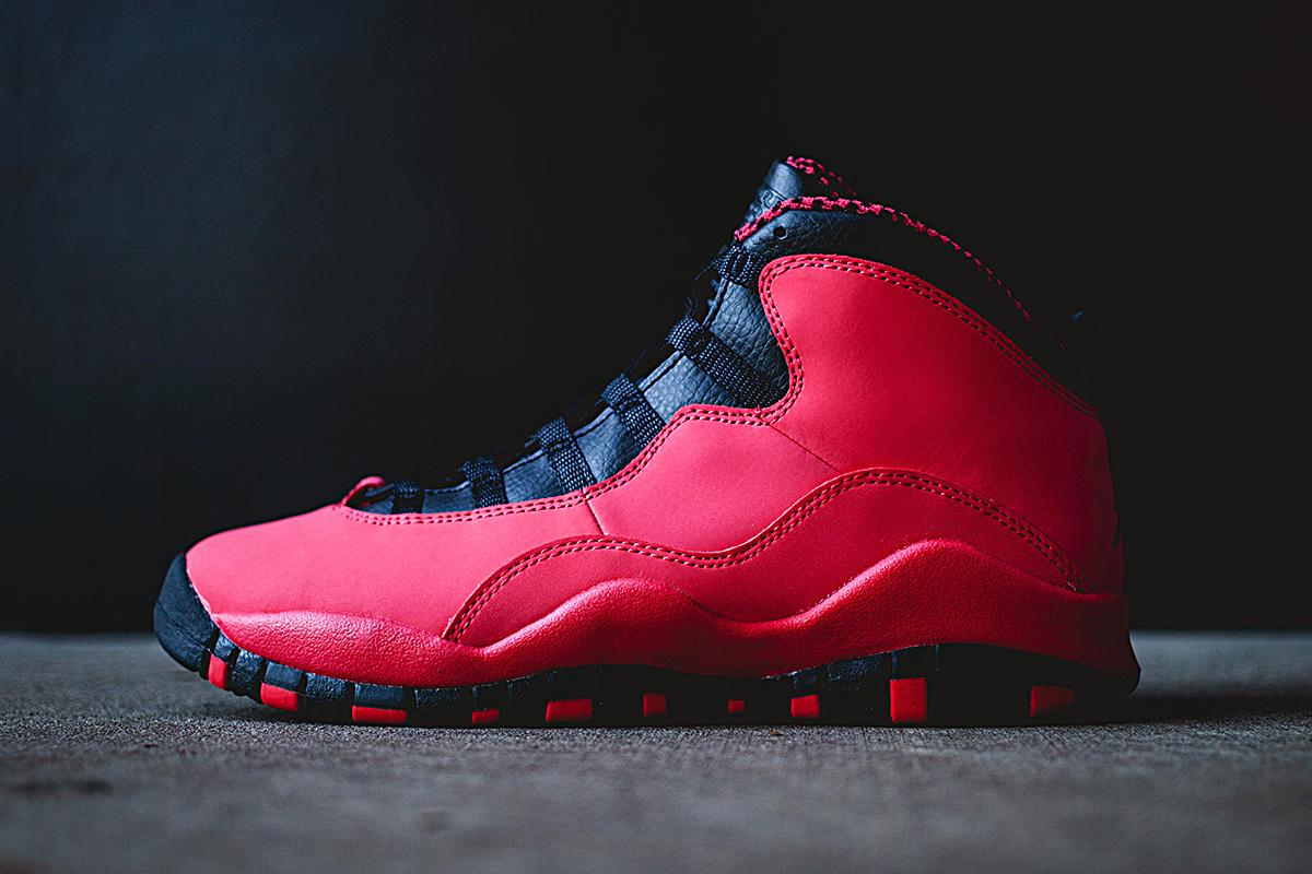 Air Jordan 10 - Air Jordan 10 Rétro Rouge Nikes Réduction Ventes